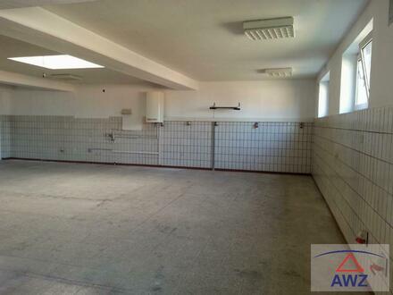 Halle mit ca. 260 m² Fläche in Toplage zu vermieten!