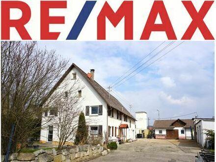 RE/MAX - Saniertes Bauernhaus mit diversen Nebengebäuden und sehr viel Ausbaureserve, auch für Gewerbe