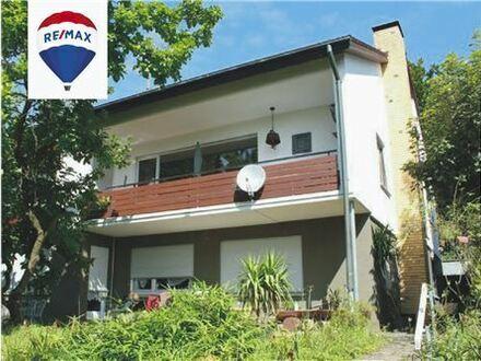 RE/MAX - Schmuckes Einfamilienhaus mit Charme und Ausbaupontential in Bestlage