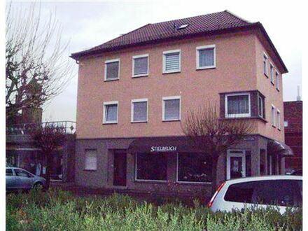 RE/MAX - Zentrales Stadthaus mit zwei Ladeneinheiten!