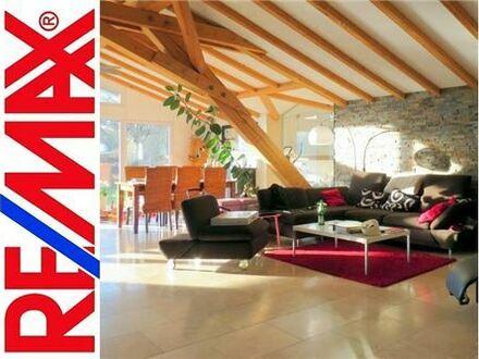 RE/MAX - Großes, modernes Landhaus