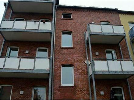 REMAX - Single Wohnung in der 2 Etage in Brand