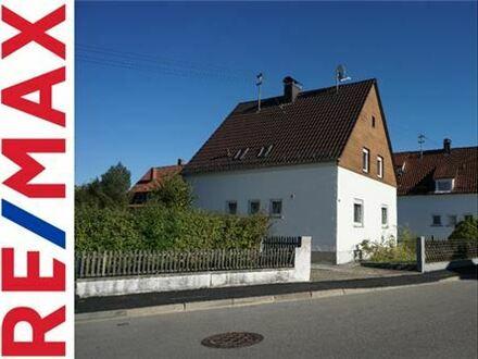 REMAX - Ein- oder Zweifamilienhaus mit Potenzial