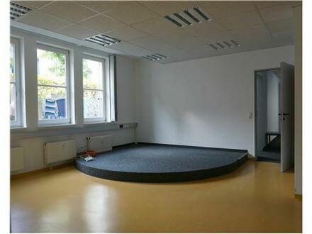 RE/MAX - Repräsentative Räume für Praxis, Büro, etc.