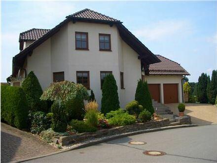 REMAX - Das besondere Einfamilienhaus mit Einliegerwohnung