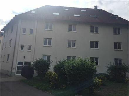 RE/MAX - Tolle Stadtnahe Eigentumswohnung mit Balkon in der ersten Etage