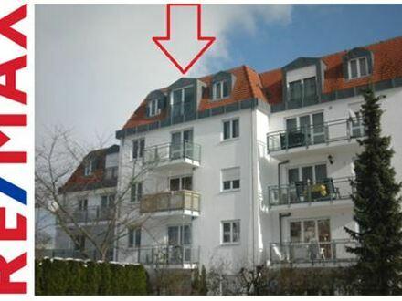 RE/MAX - Charmante 3-Zi.-Whg. im DG ohne Balkon, mit Aufzug