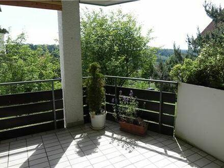 REMAX - Keine Käuferprovision! Wald im Wohnzimmer – 3,5 Zimmer - 96 m² Wfl. – kleine Wohnanlage