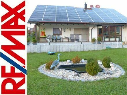 RE/MAX - Wohnhaus, zwei Wohnungen mit wunderschönem Garten in ruhiger Lage