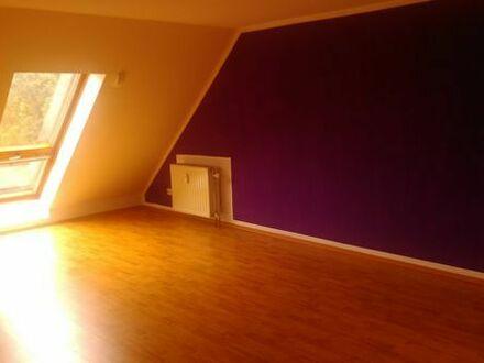 Helle DG-Maisionette-Wohnung in Neuss-Holzheim an Nichtraucher/in ab 01.06.2019