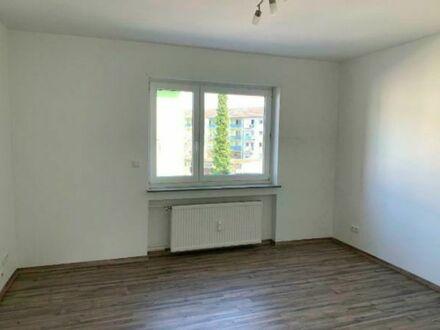 3-Zimmer-Wohnung mit Balkon & Einbauküche (sofort beziehbar)