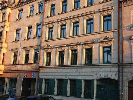 Grosszügige 3 Zimmer Etagen-Wohnung in einem modernisierten, ruhigen Gründerzeithaus