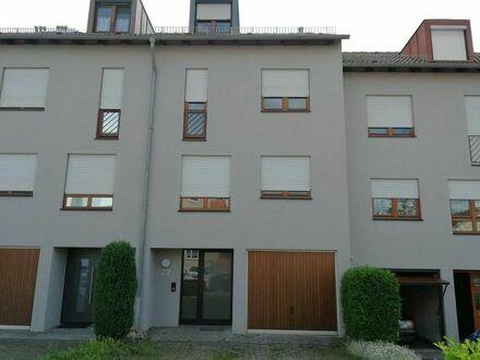Schönes Haus mit fünf Zimmern in Böblingen