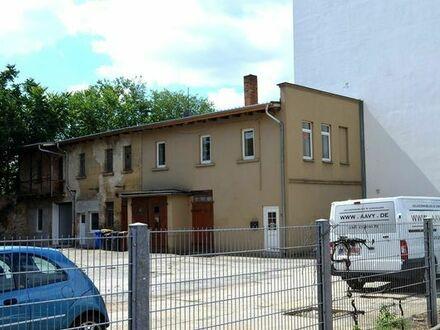 WOHNEN & ARBEIT Remise mit Wohnung, Werkstatt, Stellfläche ZEITZ