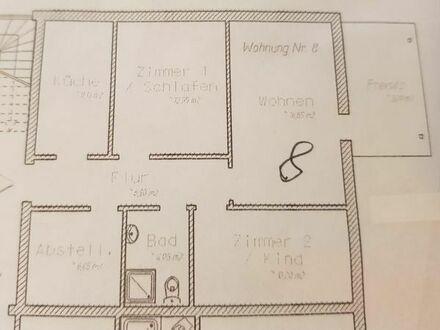 Croya 3 Zi., ca. 70m3 mit EBK und Garten im EG eines MFH