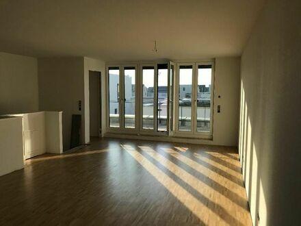Moderne WG Zimmer im Maisonett (KA Knielingen) Top Lage-WLAN-HDTV- Terrasse und Garten- Dachterrasse