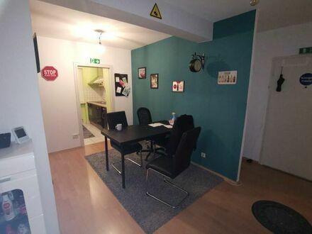 Eine 2,5 Zimmer-Wohnung. Ideal für alleinstehende Mütter mit Kind und junge Ehepaare!