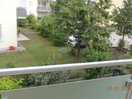 Möbliertes Apartment mit Balkon im 1.OG mit Aufzug, Tiefgaragenplatz, Bj.2014/15,Bezug 01.09.2019