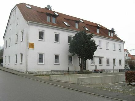 Ruhige 3-Zimmer- Wohnung zu vermieten
