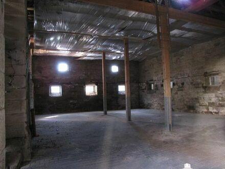 Nebengebäude als Lagerfläche