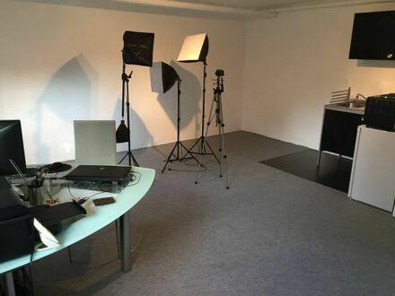 Raum zum Mieten , Studio für Foto Video Casting Seminare Coaching Training Mietstudio Übungsraum
