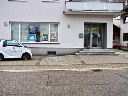 Gewerberaum mit Schaufenster und zwei Stellplätzen in Dielheim