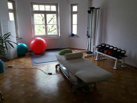 2 Praxis-/Therapieräume 32/24 qm auch zur Einzelnutzung anzubieten