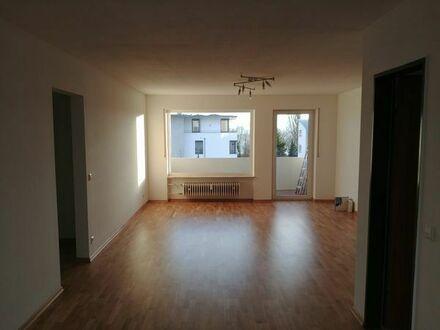Helle, frisch renovierte 4,5 Zimmer Wohnung in Immenstaad zu vermieten