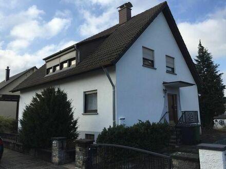 Großes Ein- bis Zweifamilienhaus in KA-Mörsch in bester Lage