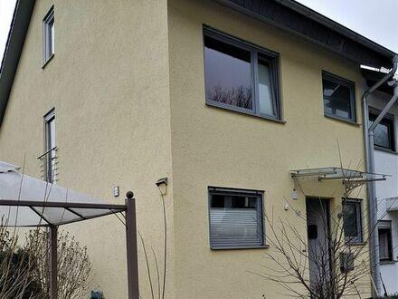 Schönes, geräumiges Reihenendhaus mit 5 Zimmern in Heidelberg, 132 qm