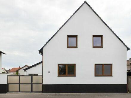 Saniertes freistehendes Einfamilienhaus mit Garage, großem Garten in beliebter Lage; B-Termin: 11.08