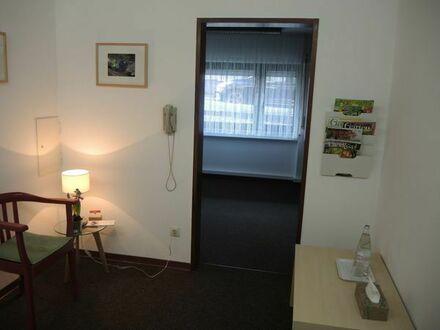 Büro/Praxisraum, ca. 20 qm, in Heilpädagogischer Praxis zu vermieten