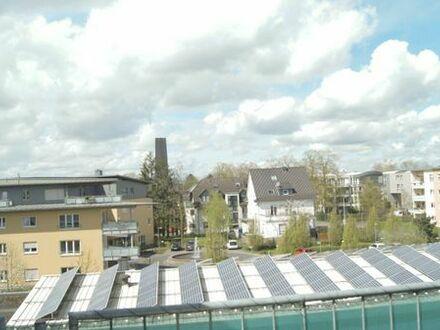 Zentrale Maisonette Wohnung mit sehr großem Balkon