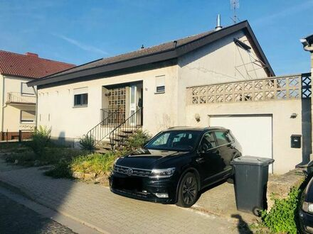 Freistehendes, sehr schönes Einfamilienhaus als Bungalow mit Einliegerwohnung