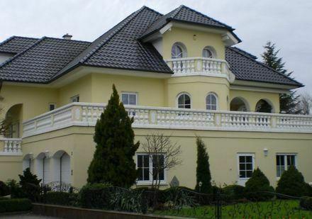 Villa in 87727 Babenhausen zu Verkaufen - Arbeit + Wohnen
