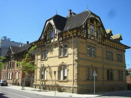154 m2 große 4 Zimmer Wohnung saniert gepflegtes Jugendstilhaus