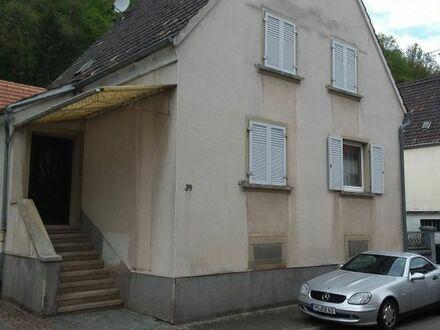 Haus mit Garten und Scheune in 76891 Bruchweiler Bärenbach zu verkaufen