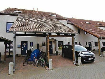 Groß-geräumiges Haus +Terrasse +Kühlen Keller+Garten + in Dallgow