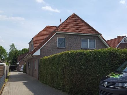 Doppelhaushälfte mit sonnigem Garten in Oldenburg-Ofenerdiek!