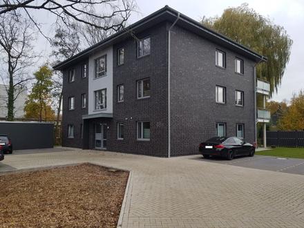 Bürgerfelde! Junge Wohnung mit EBK im KfW-55 Haus!