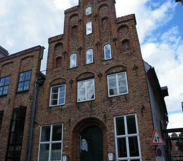 Schöne 2-Zimmer DG-Wohnung in der Lübecker Altstadt