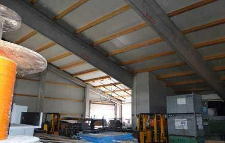 *Interessante Gewerbehalle, individuell nutzbare Hallenfläche mit 820 m² zu vermieten*