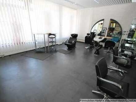 Schicker Friseursalon/Laden/Büro im Zentrum von Kaufering mit 1-ZKB-Apartment+TG-Stellplätzen