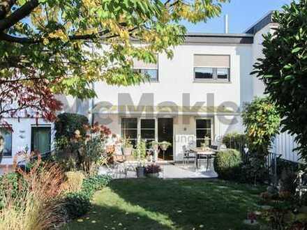 Neuwertiges Reihenmittelhaus mit Südgarten und Sonnenterrasse: Idyllisch wohnen nahe Frankfurt