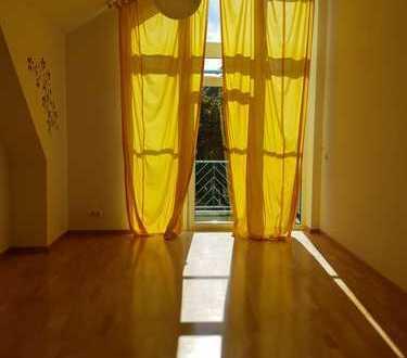 Schöne, geräumige zwei Zimmer Maisonette Wohnung in Dachau