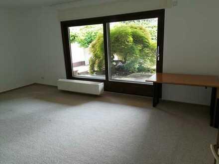 24 qm WG-Zimmer mit einem großen Garten in Hagsfeld