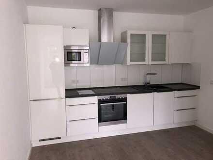 freundliche 2-Zimmer-EG-Wohnung mit Hochglanz EBK in Dortmund