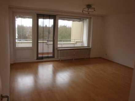 Gepflegte 3,5-Zimmer-Wohnung mit Balkon und EBK in Hannover