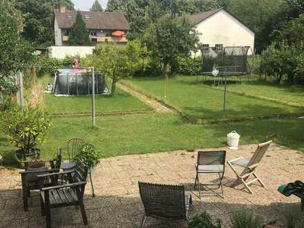 Geräumiges Zimmer mit Terrasse und Zugang in den großen Garten, 5 Minuten zum Bahnhof in Appenweier