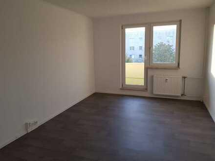 Bezugsfertige 3-Raumwohnung in Grünau-Ost
